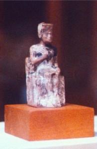 (1) Cheops-Statuette
