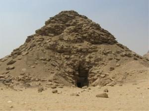 (9) Userkaf-Pyramide; Sakkara